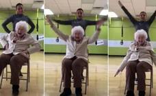 Nada imposible en el gimnasio: con 93 años y música de Alaska