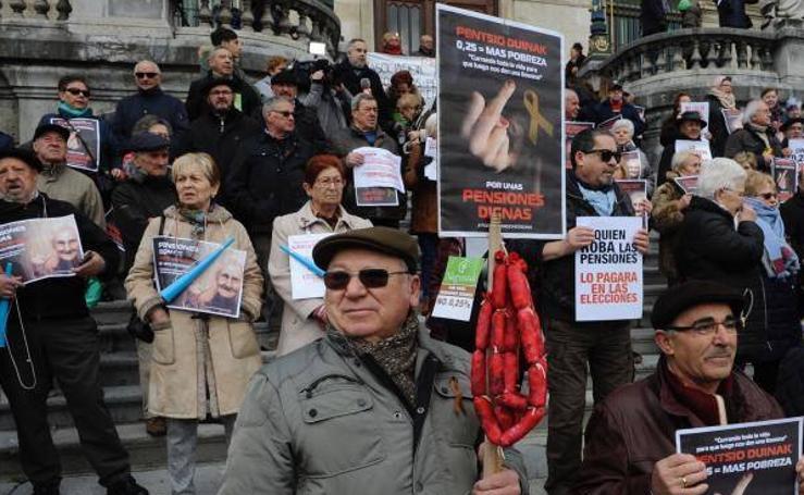 Miles de personas vuelven a manifestarse en Bilbao por una jubilación digna