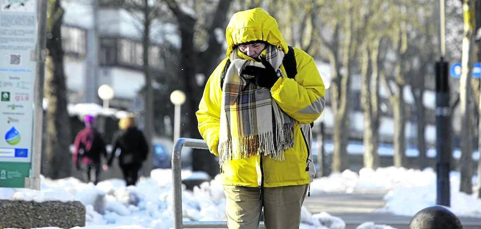 Febrero se despide de Álava a -7 grados y con nieve