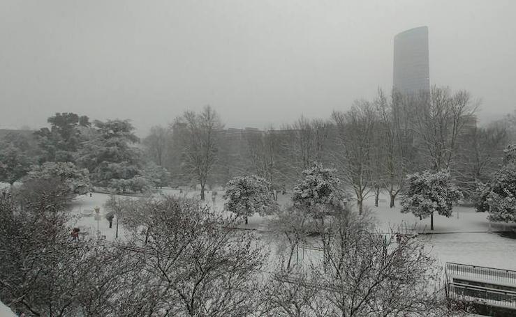 Tus fotos de la nevada en Bilbao