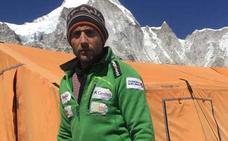 Txikon vuelve a casa tras fracasar en el Everest: «El balance es muy negativo»