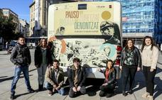 Earhart, Parks, Benz y otras pioneras en el ámbito del transporte y el cambio social ilustran un urbano de Vitoria
