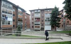 Bilbao subvencionará la instalación de ascensores en 56 edificios del barrio de Irala