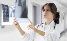Ingenieros, titulados en ADE y médicos serán los más demandados por el mercado