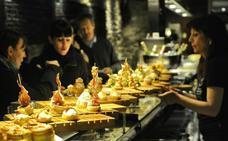 133 comercios y locales hosteleros se apuntan al «abierto por vacaciones» en Vitoria
