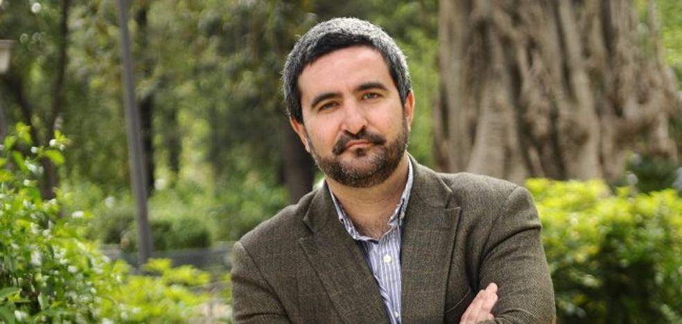 Daniel Ruiz: «Reivindico lo periférico; yo mismo lo soy, literariamente»