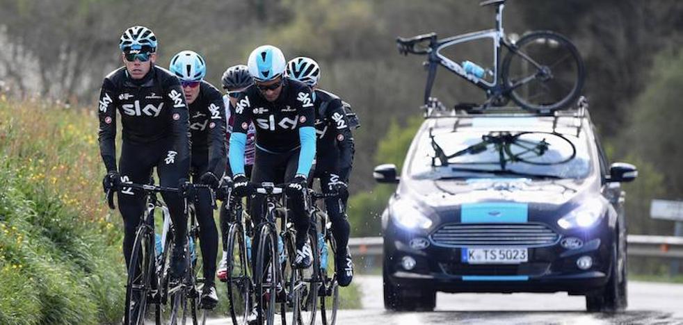 Un entrenamiento con el equipo ciclista más poderoso del mundo