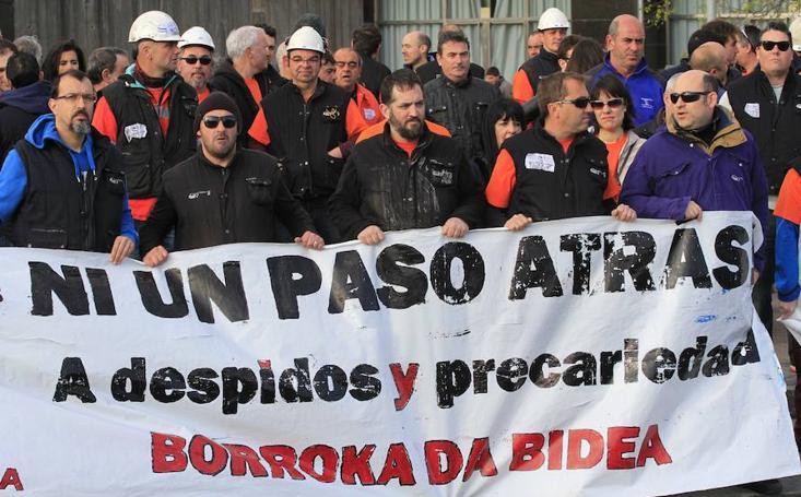 Concentración de trabajadores de Tubos Reunidos
