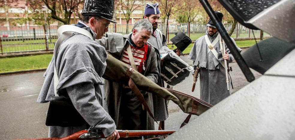 La lluvia impide la recreación de la batalla napoleónica en Arriaga