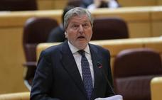 Méndez de Vigo ataja las críticas por cantar 'El novio de la muerte': «Soy el ministro que mejor canta»
