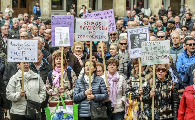 «No nos van a contentar con migajas», avisan los pensionistas en Vitoria