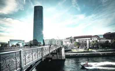 Hoteles flotantes, transportes acuáticos, y otras cosas que poner en la ría de Bilbao