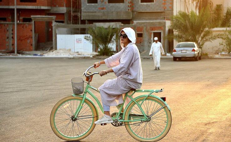 Amirah puede montar en bicicleta