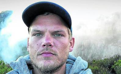 La muerte de Avicii destapa el desordenado ritmo de vida de los DJs