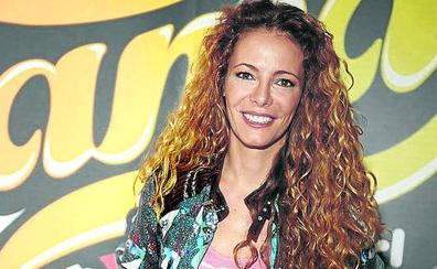 Paula Vázquez: «Utilizo el AVE y el avión para darme atracones de series»