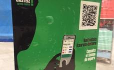 Tuvisa empieza a colocar códigos QR en todas sus paradas de Vitoria