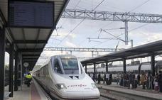 Rajoy garantiza que se trabaja «intensamente» para conectar el AVE con Euskadi