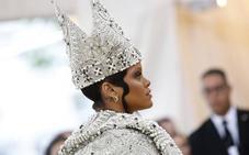 Glamour eclesial en una gala del MET que se atrevió con la religión