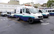 Un sabotaje en 90 ambulancias retrasa los traslados de cientos de enfermos