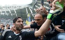 Buffon se despide entre lágrimas