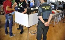 Condenado a 6 años un hombre que fue pillado con 3 kilos de cocaína en el aeropuerto de Bilbao