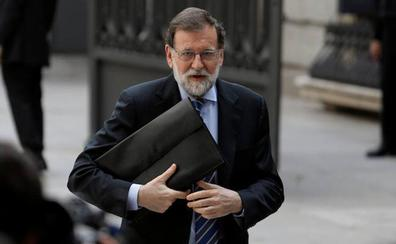 La condena al PP por lucrarse con la trama Gürtel pone contra las cuerdas a Rajoy