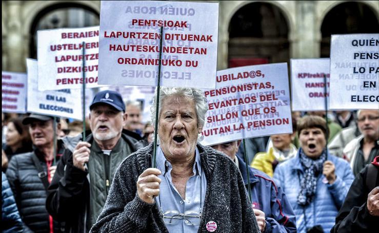 Los pensionistas de Vitoria volvieron a la calle este lunes