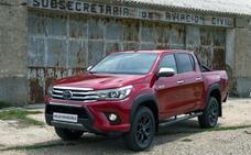 Toyota Hilux Invincible, para lo más duro