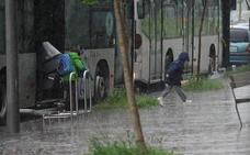 La lluvia vuelve a provocar problemas en Vitoria y empieza a dañar los cultivos en Álava