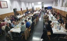 La comida solidaria de Serso Euskal Herria reúne a 140 personas en Basauri