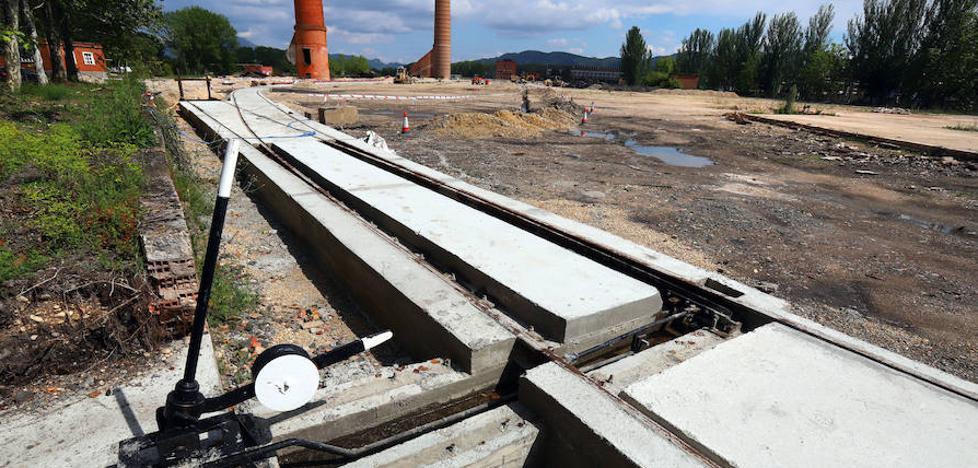 La Terminal de Contenedores de Miranda activará en unas semanas la conexión ferroviaria con Barcelona