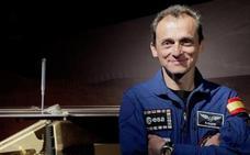 El nuevo Ejecutivo: el astronauta Pedro Duque, a Ciencia, Magdalena Valerio a Trabajo, Dolores Delgado, a Justicia y Constantino Méndez, a Defensa