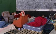 La Policía investiga amenazas de encapuchados a los 'sin techo' del frontón de Rekalde