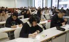 Miles de estudiantes vascos se quejan de la dificultad del examen de Matemáticas Sociales de Selectividad y piden su retirada
