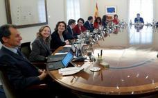 El primer gesto político de Sánchez: invitar a una reunión a Torra