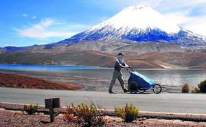 Nacho Dean, 33.000 kilómetros pateando el mundo