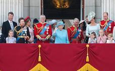 Cálido cumpleaños de Isabel II en el Palacio de Buckingham