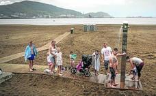 Los bares vizcaínos a pie de playa, hartos: «Es el peor arranque de verano en años, estamos bajo mínimos»