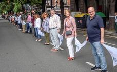 El Gobierno vasco rebaja a un mero acto «simbólico» la cadena soberanista