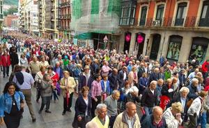 5.000 pensionistas exigen en el centro de Bilbao unas jubilaciones «dignas»