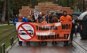 La plataforma 'Tranvía Sur No' vuelve a denunciar «ilegalidades» en las obras de ampliación