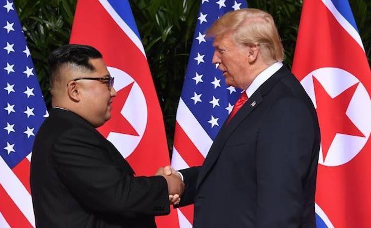 El histórico encuentro entre Trump y Kim Jong-un, en imágenes