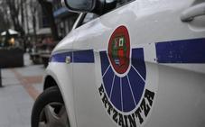 Cuatro ladrones pillados 'in fraganti' cuando robaban en dos empresas de Lemoa e Igorre