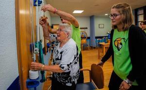 Un grupo de 40 jóvenes dinamizará a los mayores de Lekeitio este verano
