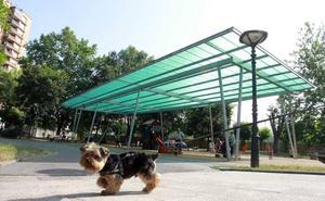El Ayuntamiento de Basauri amplía el horario de las zonas de esparcimiento caninas