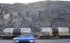Fallece un trabajador de 41 años en el Puerto de Bilbao al ser arrollado por un camión