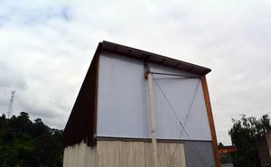 Trapagaran remodela el frontón de Ugarte para evitar que entre la lluvia