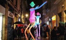 El 'universo' ilumina la noche de Bilbao