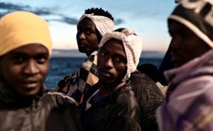 Francia secunda a España y también acogerá a refugiados del 'Aquarius'