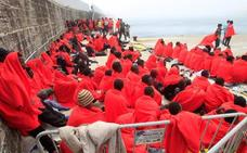 Avalancha de pateras en el Estrecho con mil inmigrantes rescatados en 48 horas